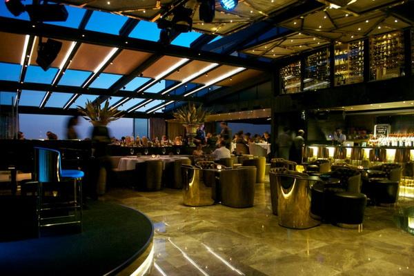 Frankie Istanbul The Sofa Hotel Zoom