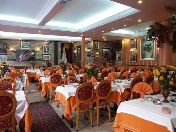 Neyzen-Restaurant-Kumkapi